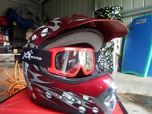 4 childrens helmets for sale. Inverell Inverell Area Preview