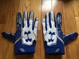 Under Armour Spotlight Football Glove- White/Blue (Medium)