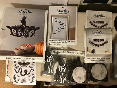 ween 9 pc Lot, Chandelier banners Die Cuts + Free Party Kit (Martha Stewart Halloween-party)