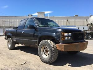 "1997 GMC 2500 ""For Parts"""