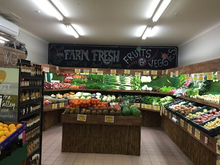 Fruits and veggies shop inside shopping center Aspendale Gardens Kingston Area Preview