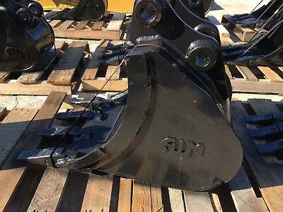 New 18 Heavy Duty Excavator Bucket For A Takeuchi Tb135