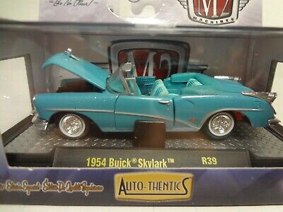 M2 Machines by M2 Collectible Auto-Thentics 1954 Buick Skylark 12-30 Turquoise//Green Details Like NO Other!