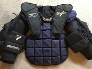 Vaughn Legacy 1400 Goalie Chest Protector Senior Adult