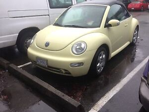 2003 new Beetle convertible LOW KM!