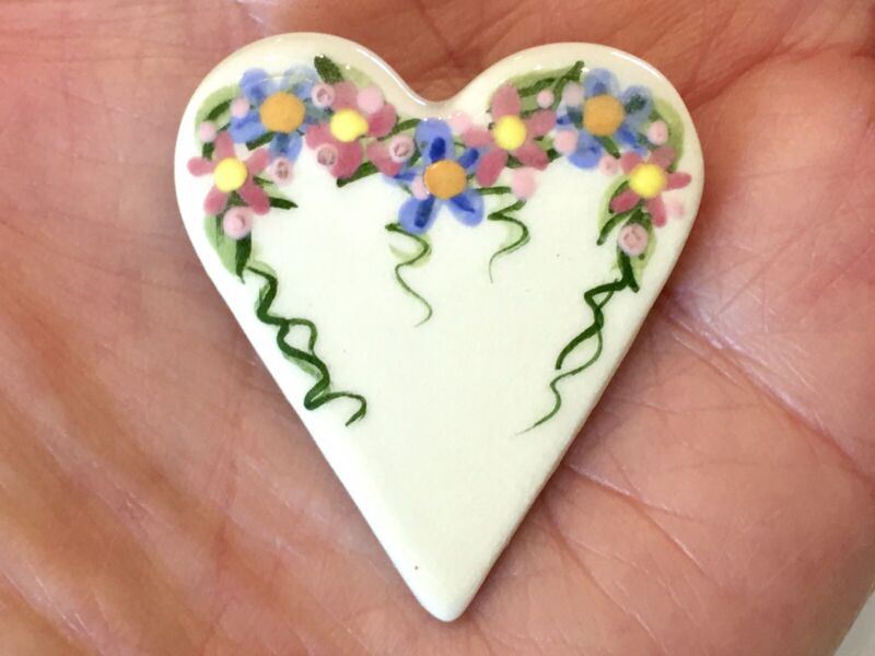 """Vintage ~ Hand Painted  ~ Ceramic ~ Floral ~ Heart ~ 1.75"""" Pin"""
