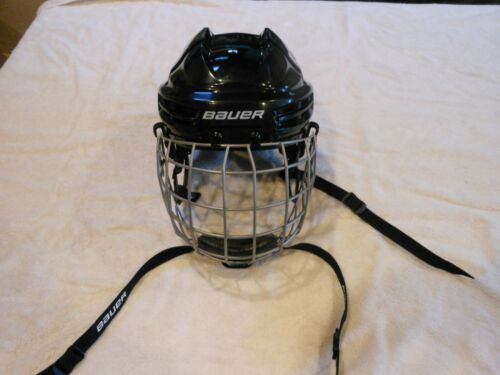 BAUER HOCKEY HELMET TRUE VISION W/FACE MASK FM2100  SIZE M/M NEW