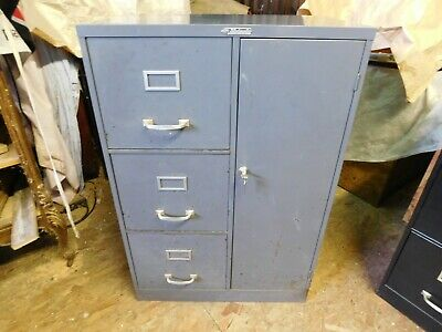 Steelmaster Steel Cabinet Storage Tool Safe Chest Mid Century Vintage Industrial