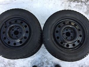 BRAND NEW SNOW TIRES! P195/60/R15 (and used rims)