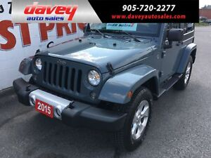 2015 Jeep Wrangler Sahara 4X4, MANUAL TRANSMISSION, NAV