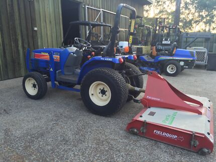 2010 ISEKI TRACTOR 4 IN 1 BUCKET AND PALLET FORKS Narangba Caboolture Area Preview