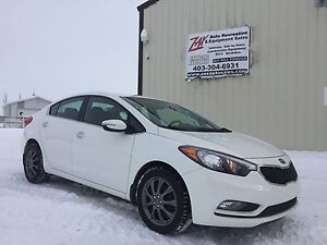 2014 Kia Forte EX Sedan, Financing! Warranty! Trades?