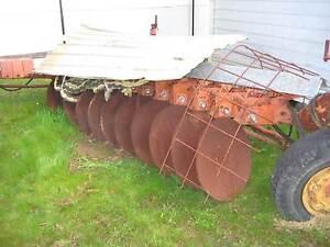 massey ferguson 11 disc plough. Woodford Blue Mountains Preview