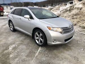 Toyota Venza, V6 3.5L, AWD, Mags 20'', Toit ouvrant, Toit pano..
