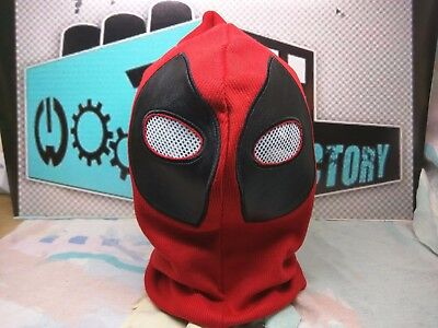 DEADPOOL REPLICA MASK - The Bam! Box - Deadpool Mask Replica