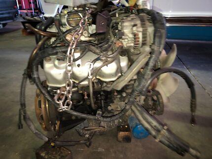 Mitsubishi Pajero Engine 6g72 170xxx original ks