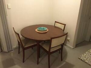 Parker Dining Table (4-6 Seat Extendable) Pendle Hill Parramatta Area Preview