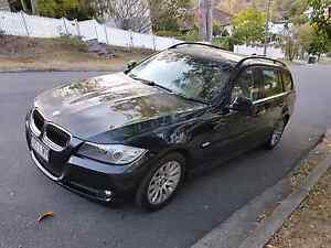 BMW 320 i  Touring Executive Wagon Low ks Rego RWC Log Books Bardon Brisbane North West Preview