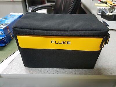 Fluke Large Soft Case Bag 12-7-7 Free Set Of Fluke Ac72 Alligator Clips