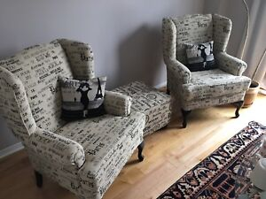 ⭐️Reupholstery - Chairs / Sofas / Ottoman / Pillows⭐️