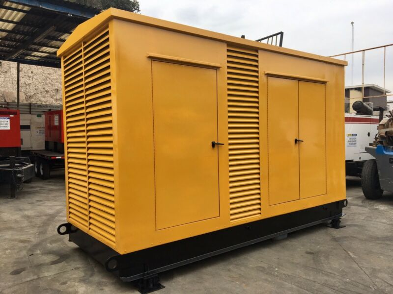 600 KW CAT Caterpillar 3412 DITTA Diesel Generator Set 81Z