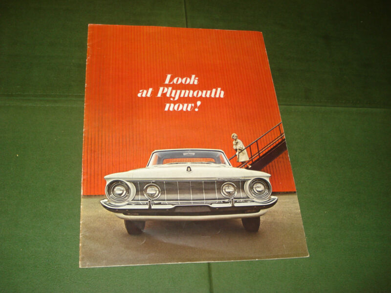 VINTAGE 1962 PLYMOUTH CAR BROCHURE, EVERY PAGE IS PICTURED, THE WHOLE MODEL YEAR