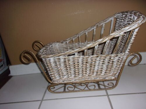Vintage Wicker & Metal Wicker Sleigh - Stored For Years -Never Used! 18 X 11 1/2