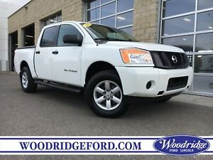 2013 Nissan Titan S ***PRICE REDUCED*** NO ACCIDENTS, BED CAN...