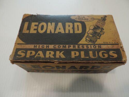 VINTAGE LEONARD AIR COOLED HIGH COMPRESSION SPARK PLUG - FULL BOX SET - NO. 10-D