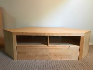TV stand with storage drawer