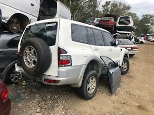 WRECKING 2004 MITSUBISHI PAJERO FOR PARTS Willawong Brisbane South West Preview