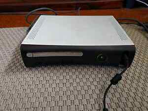 Xbox 360 console 4 Controllers+ Wireless Adaptor Liberty Grove Canada Bay Area Preview