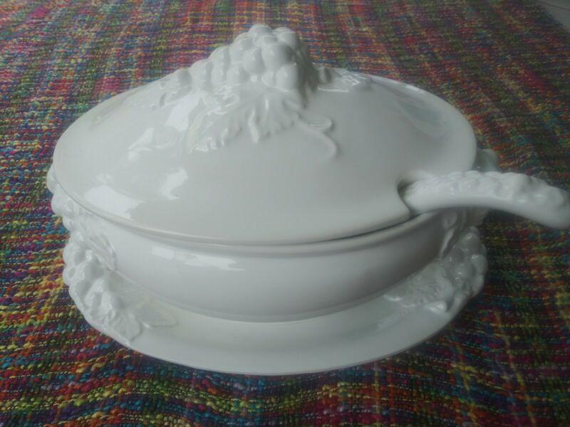 SALE. Huge Vintage Italian White Ceramic Lidded Tureen, Matching Tray & Ladle.