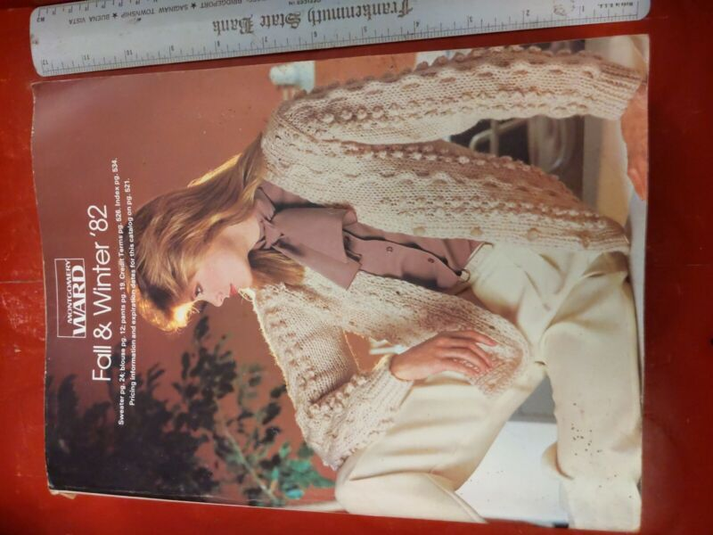 1982 Montgomery Ward Fall And Winter Catalog  1155 pages Chicago Kodak