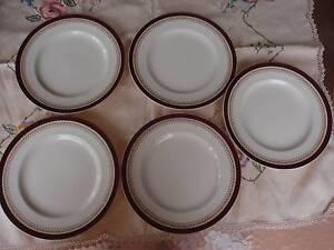 VINTAGE ALFRED MEAKIN ENGLAND 5 DINNER PLATES 25CM MAROON & GOLD Loganholme Logan Area Preview