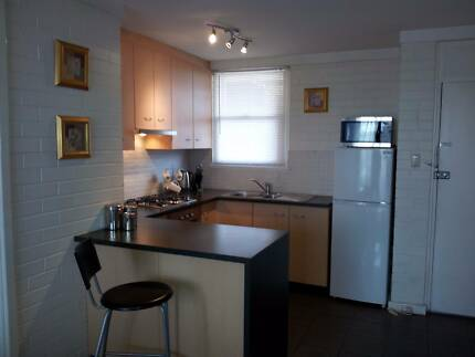 1 Bed Fully Equipped Renovated Unit on Wembley/Subi borders