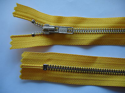1 Stück Reißverschluß YKK gelb  71cm lang, nicht teilbar Y67