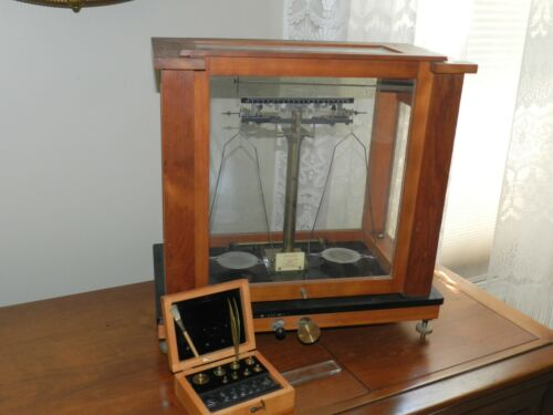 19th CENTURY ANTIQUE VOLAND SONS CENTRAL SCIENTIFIC BALANCE SCALE PHARMACEUTICAL