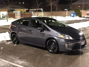 2014 Toyota Prius ** 110,000 kms ** No accidents **