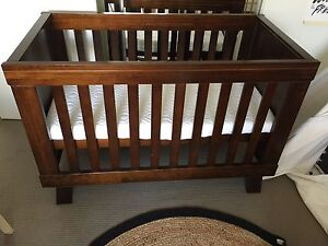 Boori urbane cot and change table Mount Cotton Redland Area Preview