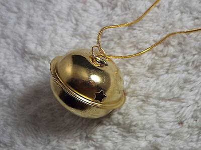 Goldtone Large Jiggle Bell Pendant Necklace CHRISTMAS (B5) (Jiggle Bells)
