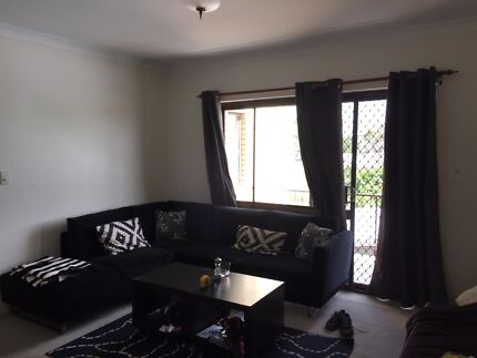 Fully furnished flat great location all bills incl Newmarket Brisbane North West Preview