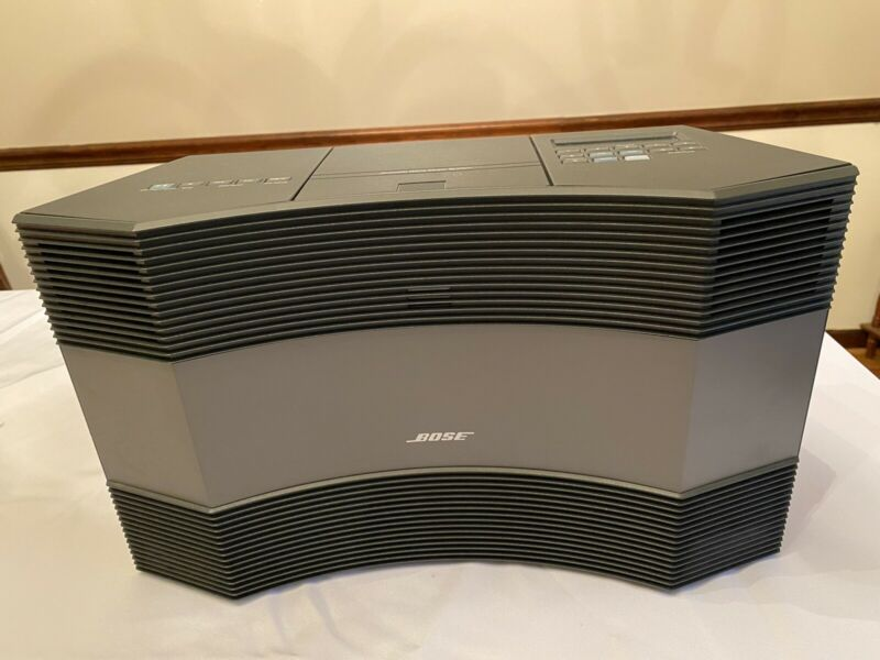Bose Acoustic Wave Music System CD3000 AM/FM CD Player Graphite Gr. sounds great
