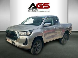 Toyota Hilux 2.8 D-4D Extra Cab Autom. COMFORT LAGER
