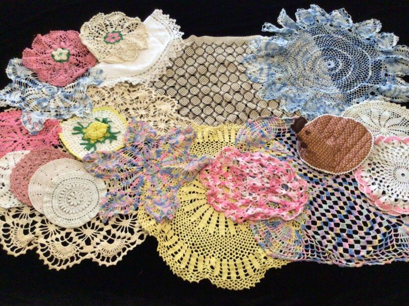 Vintage Doily Lot 20pcs Hand Crocheted Colorful Pot Holders Nice Variety EVC!