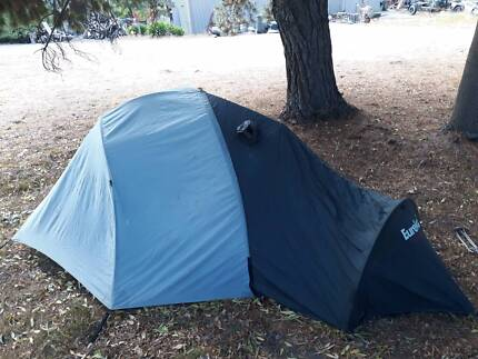 3 person tent & Mountain Designs Positron 2 person hiking/camping tent | Camping ...