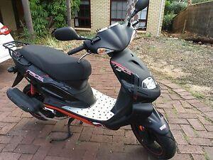 TGB Xrace scooter 2015 Pasadena Mitcham Area Preview