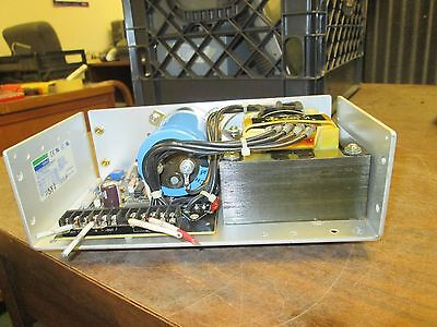 Sola Regulated Power Supply Sls-24-048t 24vdc 4.8a Used