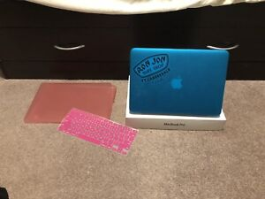 Mac book pro with Retina display 128gb, iPad mini gen2 32gb