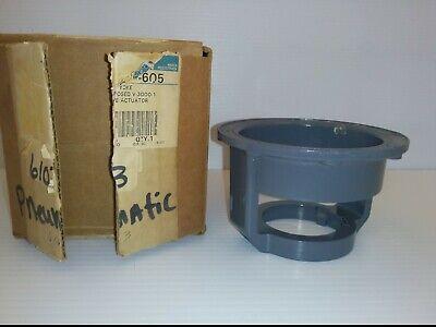 Johnson Controls V-3000-1 Pneumatic Actuator Yoke For Parts Only Nib